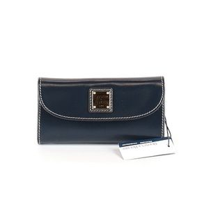 Dooney&Bourke Selleria Leather Continental Clutch
